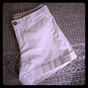 Banana Republic White City Chino Shorts**LIKE NEW